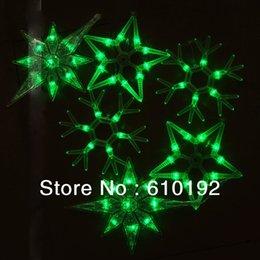Venta al por mayor de 2015 colgante nuevo de la cadena de luces LED 6M / 6pcs colgante verde grande de la estrella del copo de nieve de los chrismas holiday luz 220V / 110V, libera la nave desde gran luz de copo de nieve fabricantes