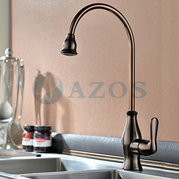 Wholesale Kitchen Sink Taps Free Swivel Hose Spray Single Handle Nickle Oil rubbed Bronze Color Antique Brass Deck Mounted Mixers Kits