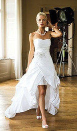 Wholesale Sexy White Dresses For Women - 2015 Vintage High Low Beach Wedding Dresses for Women Sexy Beaded Applique Corset Bridal Gowns with Lace up and Ruched Vestidos