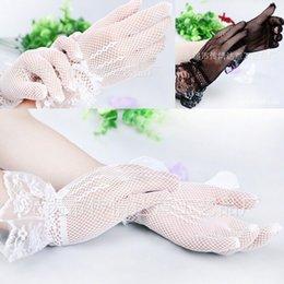 Wholesale New Gloves luva de noiva Hot Sale Fashion White Lace Wedding Gloves for Women luvas para noivas Elegant Beautiful Bridal Glove