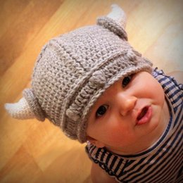 2017 cute baby accesorios de fotografía bebé lindo de los niños del sombrero del ganchillo cuerno de la muchacha del muchacho de punto sombreros de dibujos animados de la vaca gorro de invierno frío de niños grises tapas de la fotografía COSPLAY apoyos REGALOS descuento cute baby accesorios de fotografía