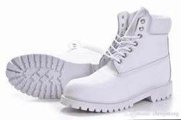 Wholesale New arrival Winter Men s Martin boots White High help Outdoor climbing shoes Mixed order