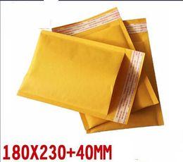 Burbuja de papel kraft en venta-Papel de burbuja envoltorio envoltorios de tela plana de choque resitstance bolsa bolsa 180x230mm 50pcs / lot