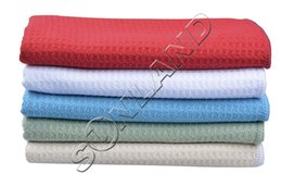 Wholesale Ship From US cmx100cm Fast Dry Microfiber Waffle Weave Drying Towels Micro Fiber Wash Towels Ultra light weight