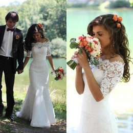 Gorgeous Mermaid Short Sleeves Wedding Dresses Illusion Portrait Buttons Lace-up Sweep Train Garden Country Style Bridal Gowns Custom Made
