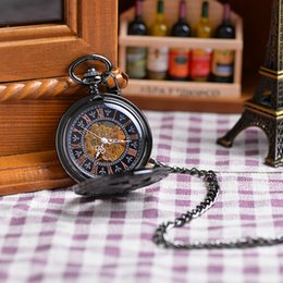 Wholesale Wholesales Black Antique Alloy Hollow Roman Numeral Hand Wind Mechanical Pocket Watch Long Chain Value Quality relogio de bolso