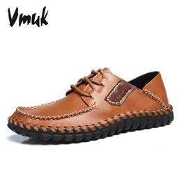 Descuento los hombres hechos a mano de los zapatos oxford Al por mayor-2016 zapatos de los hombres 100% cuero auténtico hombre Pisos hecho a mano masculino de Brown Formal Wear Otoño Mocasines Impreso talón Oxford Zapatos para