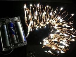 Des vacances mini-lumières en Ligne-Gros- (10 Pieces) Mini LED Battery Operated 50leds 5M lampe de fil de cuivre de fées Jeu de lumières pour des vacances de Noël de mariage Eclairage