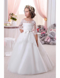 2016 Fashion White   Ivory Flower Girls Dresses For Weddings Party Half Sleeves Lace Top Ruched Ball Gown Beaded Kids First Communion Dress
