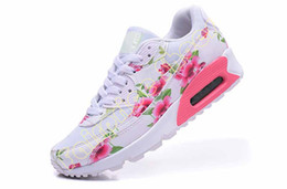 Wholesale Red Rose Flower Max Sport Shoes Running Shoes For Women Cool Valentine s Day Floral Athletic jogging Shoes Trainers Sneakers