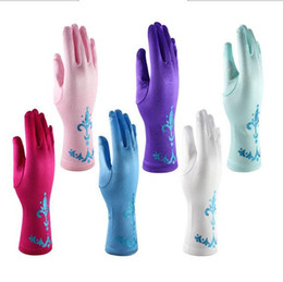 Wholesale 24PCS Pretty Baby litter powder Girls Dress Gloves pair Child Kids Gloves Cosplay Fantasia Elsa Anna Cinderella Princess gloves BFH599