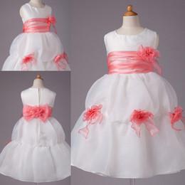 2015 Fashion Cute Flower Girls Dresses Crew Draped Flower Featured Floor Length Custom Made Kids Lovely Dress