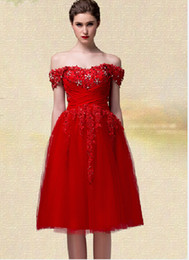 2019 Short Red Homecoming Dresses Off Shoulder Beaded Lace Tulle Knee Length Hot Sale Prom Gowns Zipper Back Custom Made H56