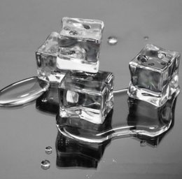 Wholesale-50pcs Wedding Party Display Artificial Acrylic Ice Cubes Crystal Clear Decoration