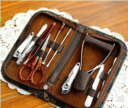Wholesale set nail clippers manicure personal beauty set finger scisors plier art makeup tools kit with case Valentine s Gift