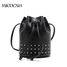 3 Colors Fashion Rivet Women Bag 2017 New Arrival Crossbody Bag PU Leather Bucket Bags Famous Brand Solid Color GL30024
