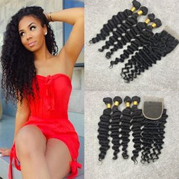 Unprocessed Virgin Peruvian Hair Top Closures Bundle Hair With 4*4 Lace Closure 4pcs Deep Wave Wavy Free Shipping