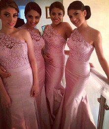 India Nigeria Pink One Shoulder Long Bridesmaid Dresses Lace Taffeta Covered Buttons Mermaid Maid of Honor Formal Dress Party Dresses