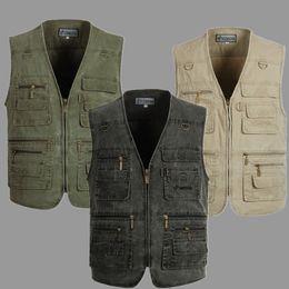 Fall-Autumn Winter middle-aged man Denim vest large size men's multi-pocket vests photography vests Sleeveless Jackets Outdoor Vest