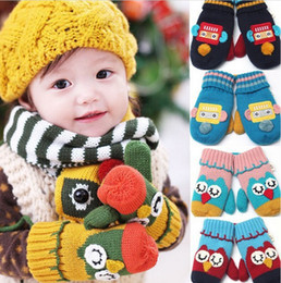 Free Shipping 2014 Children Winter Knitted Gloves Kid Glove Wool Warm Lovely Owl Robot Mittens Glove For Boys Girls 2-7Years Old