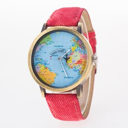 Wholesale Best Leather Watch For Men New womens Hot Fashion Watches World Map Printing dial Second hand aircraft flight