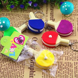 Wholesale cost Strange new commodity pong bats illuminated with light keychain creative gifts stall selling