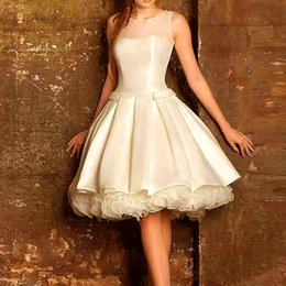 Wholesale Hot New Cap Sleeves White And Ivory Satin A Line Knee Length Cocktail Dresses For Young Girls Special Occasion Cocktail Gowns