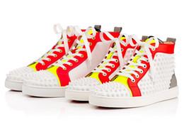Wholesale Chaussures New Arrivla Mode Hommes High Top Sneaker Spikes Red Sneakers Bottom marque Casual Skateboarding Chaussures de sport chaussures de mariage de partie