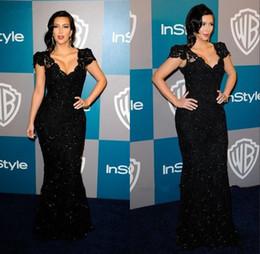 Vestidos cortos kim kardashian en venta-2014 Kim Kardashian famosos vestidos de noche negros Lentejuelas Encaje Vestidos de noche con manga corta con cuello en V piso-longitud de la envoltura de las mujeres de baile vestido