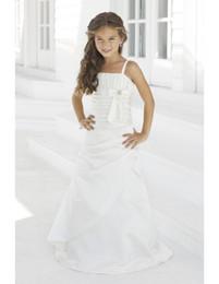 Wholesale Little Bride Wedding Dresses with Bow Spaghetti Strap A Line Floor Length White Taffeta Junior Bridesmaids Dresses