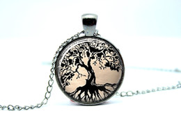 Wholesale 10pcs Gun Black Tree Necklace Tree of Life Glass Tile Art Pendant Glass Photo Cabochon Necklace