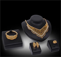 African Jewelry Sets 18k Gold Plated Crystal Necklace Bracelet Ring Earring Bride and Bridesmaids Wedding Jewellery Set
