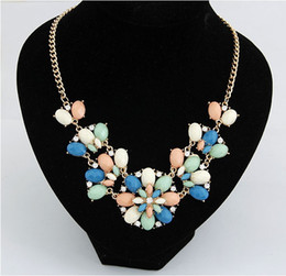 Fashion Bohemian Gold Choker Statement Necklace For Women Jewelry Bijoux Resin Flower Necklaces Pendant Bib Necklace Maxi Color
