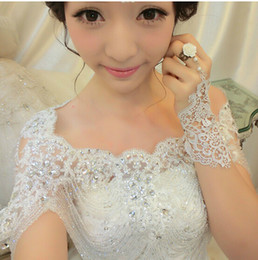 High Quality Bride Shoulder Chain Bridal Beads Crystals Wraps With Lace Wedding Bridal fashion Necklace Bridal Jewelry Rhinestones Noble