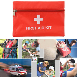 Wholesale Medical Treatment Bag Emergency First Aid Pouch Travel Sport Rescue Red Oxford waterproof bag accident occurs