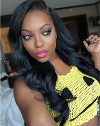 Cheveux ondulés tisse pour les femmes noires en Ligne-Perruques Cheveux Humains pour les Femmes Noires Véritable Non Transformés Cheveux Humains Laces Front Perruques Cheveux Humains Big Ondulé Couleur Naturelle Bellahair