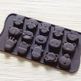 Wholesale LOVE noise figure a variety of animal model silicone chocolate mould