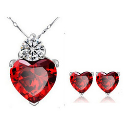 Nouveaux boucles d'oreilles et des ensembles de collier bijoux de mariage en cristal autrichien Set Love Set de bijoux de mode Coeur en vente N29E53 à partir de mariage met en vente fabricateur