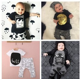 Wholesale Ins hot selling infant baby clothes sets children rompers two piece sets fashion baby climb clothes sets with many different styles