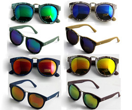 Wholesale Gradient Sunglasses Men Women Brand Design Sun Glasses Vintage Retro Classic Oculos De Sol Gafas UV400 protection lens CE 2017