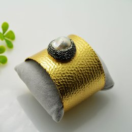 Druzy ~ 3pcs Gold Plated Rhinestone Crystal Bangles , Pearl Charms Bangle Bracelets