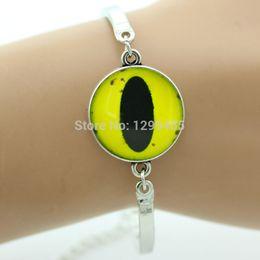 Wholesale Fashion animal yellow cat eye Glass cabochon yellow eye bracelet antique silver bronze gold plated bracelet for friendship OY