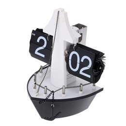 Wholesale New Hot Sale Steamship Table Clock Hand made Aircraft Shape Retro Gear Operated Flip Down Wall Clock Flip Living Room Home Decor H16084