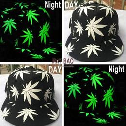 Wholesale Hot Sell Luminous Night Glow Baseball Hat Hip hop Leaf Pot Fashion Flat Bill Snapback Baseball Cap Five Pieces One Set MYF219