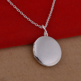 Wholesale 925 sterling silver necklace Korean version of the popular card photo frame necklace round trade jewelry spot