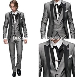 Wholesale Top Quality One Button Light Grey Groom Tuxedos Peak Lapel Men Business Suit Prom Mens Wedding Suits Jacket Pants Vest Tie G453