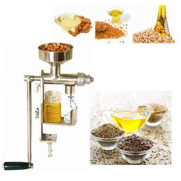 Wholesale Home hand oil expeller press vegetable oil press peanut pumpkin sunflower seeds oil press Mini hand crank oil press