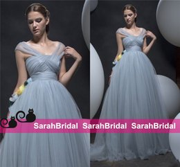 Wholesale 2016 Dusty Blue Tulle Evening Dresses for Arabic Dubai Qatar Oman UAE Special Formal Occasion Ball Prom Wear Sale Cheap Princess Style Gowns
