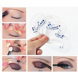 Wholesale Hot Sale SET Beauty Eyeshadow Stencil Model Beginner Makeup Helper Eye Shadow Assistant Mold Card Women Professional Ombretto Tools