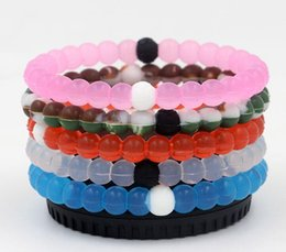 Wholesale Newest Silicone Balance Bracelet Mud and Water Black and White Beads Silicone Bracelet Gift Jewelry Find Your Balance